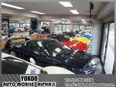 全車室内展示場ですので天候に左右されず、お車をご覧頂けます!