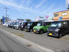 広々とした展示場にてゆったり車輌をご覧ください。ご成約の方にうれしい特典を用意しております!http://www.curious-s.com/