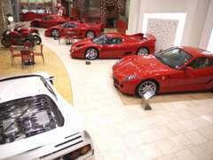 当社は車両コンディションを重視、全て最良の状態を維持するため屋内にて管理しております。