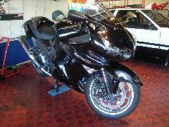 バイクの販売も取り扱っております。問い合わせお待ちしております。当社ホームページです http://www.rem.ne.jp/shop.html