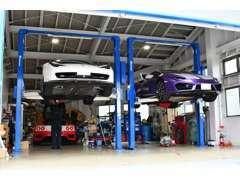 車検から通常の一般整備に対応できますよう近畿運輸局認証整備工場を併設【大陸整認京 許可第1395号】