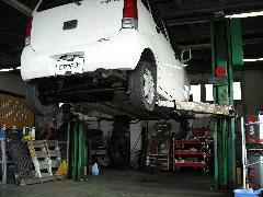 自社整備工場も完備しておりますので、車検や整備の他、ご購入後のメンテナンスもお任せ下さい!!