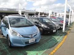 軽自動車からミニバンまで多種多様に取り揃えておりますので、お客様のご希望のお車がきっと見つかります!