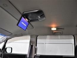 ワンオーナー車・純正ナビ・後席モニター・HID・パワースライドドア・ETC・HID・バックカメラ・スマートキーなどの装備がついています☆