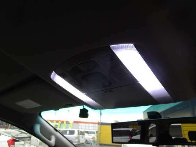 LEDルームランプ装着!