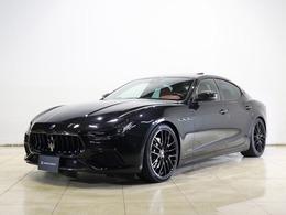 マセラティ ギブリ S Q4 グランスポーツ 4WD ネリッシモ・カーボン・パッケージ