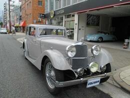 輸入車その他 AC エアロサルーン 国内未登録