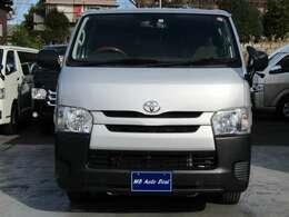 平成26年8月登録 / 型式CBF-TRH200V / 4ナンバー / 小型貨物車 / 車検整備付 / 2000cc / 9人乗 / ガソリン車