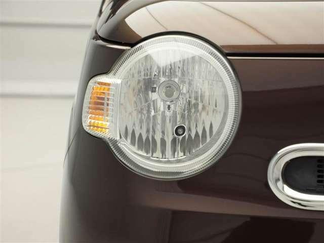ハロゲンランプ装着車☆暗い夜道でも安心して運転していただけます!!トンネルや雨で視界の悪い日も活躍します!