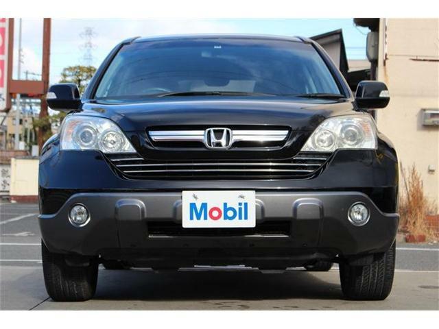 使い勝手の良い室内空間に、パワフルな4WD性能など、SUVらしい魅力溢れるお車です♪北米市場でも人気を誇る一台です♪
