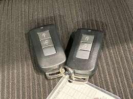 TOYOTAロングラン保証(1年間走行距離無制限付)*別途有料で延長保証(プラス1年・2年)もお選びいただけます。(アウトレット車除く)