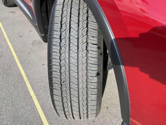 タイヤもこんなに山があります。