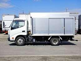車両総重量4905kg 最大積載量2000kg
