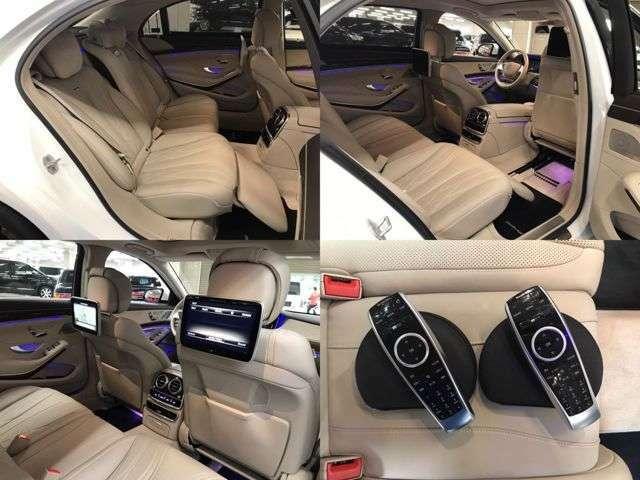 ショーファー機能付きで運転席側から助手席シート操作可能です!右リアシートは広々使用できます!