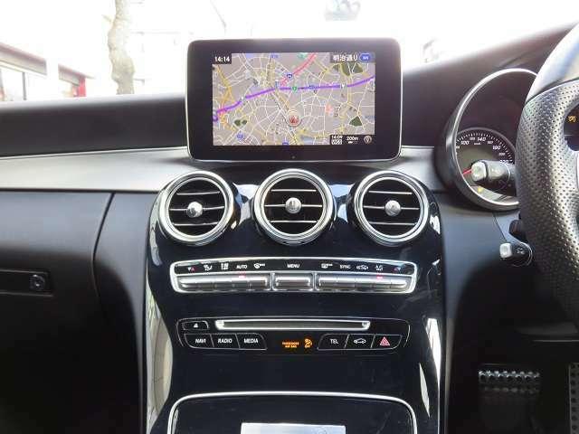 新車登録から3年以内の車両はすべて正規ディーラーにて保証継承致します。また、コーティング、ドライブレコーダーやキャンセラーの取り付け等もお任せください!