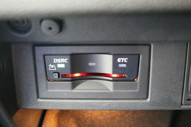 ビルトインタイプETC車載機を装備しています。