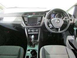 インテリアは、スポーティな仕様かつオシャレなインテリアパネルでドライブが楽しくなるような仕様です!とにかくぜひ一度着座してみて下さい!