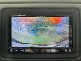 バックカメラの装備で後方確認も楽々行えるようになり、駐車時の不安も解消されて、安心なドライブがお楽しみ頂けます。