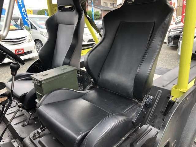 助手席シートです☆大きな汚れも無く、綺麗に保っております☆公共機関でお越しのお客様は最寄の駅までお迎えに上がります。お車でお越しの際は、筑紫野インターより約5分程度となります!!