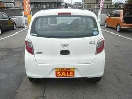 当店は国産車~外車までと幅広く取り扱っております。