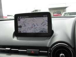 Bluetooth標準装備。純正メモリーナビ。音声認識機能にも対応しています。