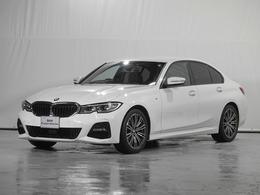BMW 3シリーズ 320i Mスポーツ ハイライン黒革・オートトランク 360度画像