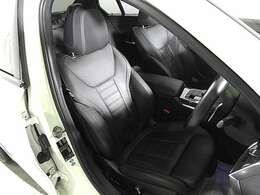 Mスポーツモデル専用レザーシート&シートヒーター&シートメモリー付き電動調整パワーシート