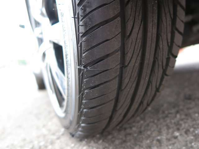 タイヤ4本新品