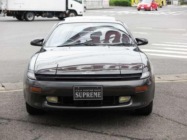 リトラクタブルヘッドライト。手ごろに買える旧車いかがですか!乗りやすいです。