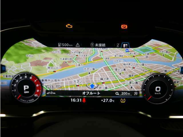 12.3インチ液晶ディスプレイを配置。フルデジタルのメーターパネルには、速度計と回転系に加えて、ナビゲーションなどの情報を表示。