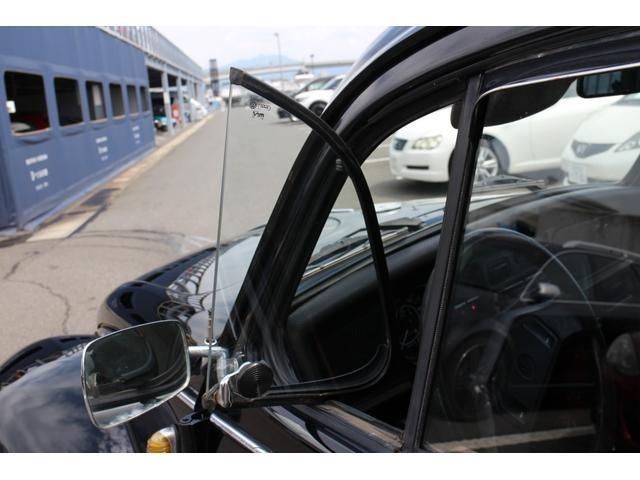 三角窓の動きもスムーズです♪走行中意外と車内に涼しい風が入ります♪