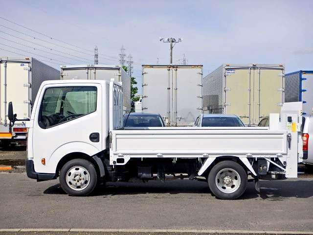 車両総重量3445kg 最大積載量1400kg