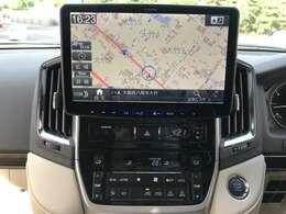 ALPINE11型ナビ装着車!!!バックカメラも付いているので大型車両の運転に不安な方も安心です★大型タッチパネルディスプレイで操作も簡単・分かりやすい上に、表示も大きく見やすいです!!!