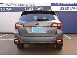 エマージェンシーストップシグナル。走行中自車の急ブレーキを検知すると ハザードランプが点滅。後続車に注意を促します。