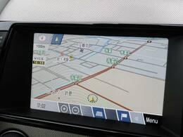 タッチスクリーンのナビゲーションも優れた操作性と機能性を誇っております。