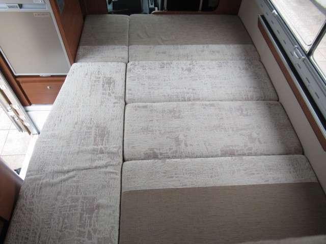 ダイネットベットは約187×120となり大人2名様就寝可能です♪