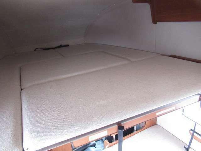 バンクベットは約193×160となり大人3名様就寝可能です♪