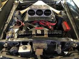 エンジンはシェルビー コブラ 427エンジンを搭載しております!!