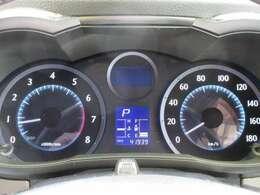 走行距離41939kmです、ディーラー下取り車ですのでとても安心です、タイミングチェーン式エンジンですので10万km毎のタイミングベルト交換は必要ありません、安心して乗っていただけます。