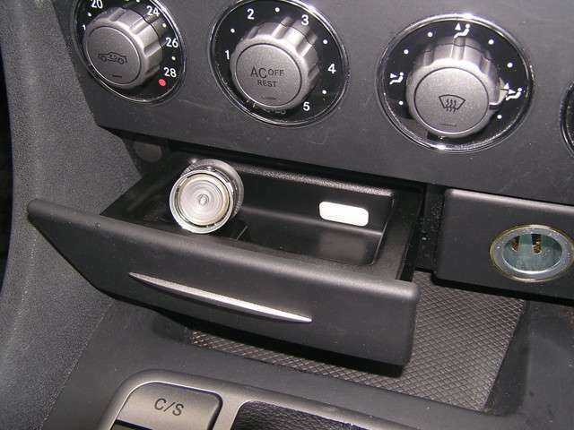 灰皿までも使用感がございません!灰皿・車内の様子から見てもおそらく禁煙車だと思われます。
