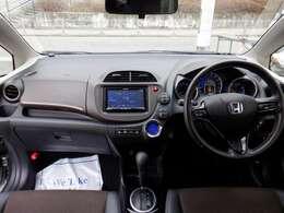 共盛グループは、県内に12事業所を展開。国産・輸入車の新車・中古車販売、車検・整備・板金塗装・レンタカー部門などお客様の『トータルカーライフ』をサポートします。