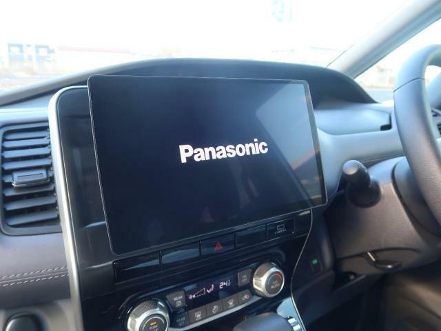 社外SDナビ 10インチ! この時代必需品のナビゲーションもちろん付いてます♪フルセグTV視聴にDVD再生・ブルートゥース音楽まで再生出来ちゃいます!!