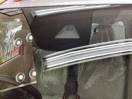 衝突軽減ブレーキシステム「e-Assist」標準装備です。