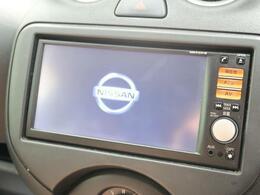 【純正SDナビ】CD視聴可能で、SDミュージックサーバーも搭載なのでSDカード挿入で音楽の録音もできます!!はめ込み式で車内との一体感もあります♪