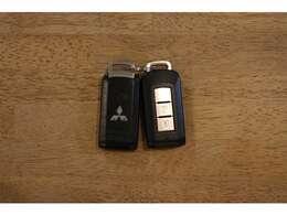 【スマートキー】Mでは希少なスマートキー(オプションです♪)スペアキーもございます。ご納車前にキー電池を交換いたします。