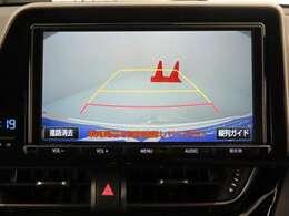 バックモニター装備☆バック時後方の映像を確認でき、安心して運転できます。でも後方確認は、直接見て下さいね!