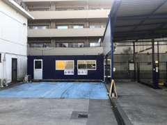 自社指定工場完備!土、日、祭日でも車検や修理も可能です。