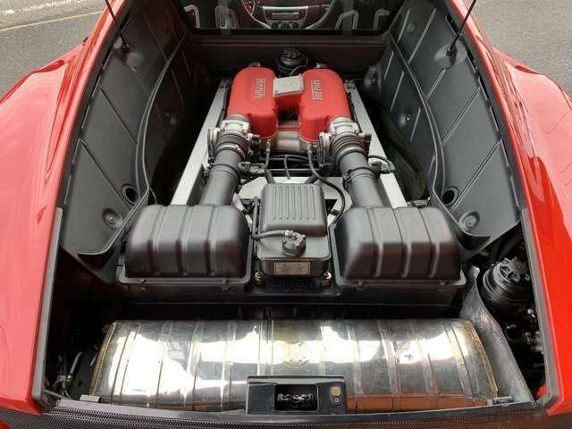 V型8気筒DOHC40バルブ3600ccフェラーリエンジン!フェラーリパワー400馬力(カタログ値)!可変マフラーでフェラーリサウンドお楽しみ下さい!ECUチューニング施工済!