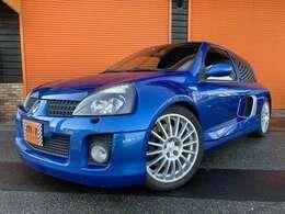 平成16年式(04y)ルノールーテシアRS V6スポール フェイズII!正規ディーラー車!純正6速車!V6-3000cc!社外マフラー付!オリジナルシート!クルーズコントロール付!