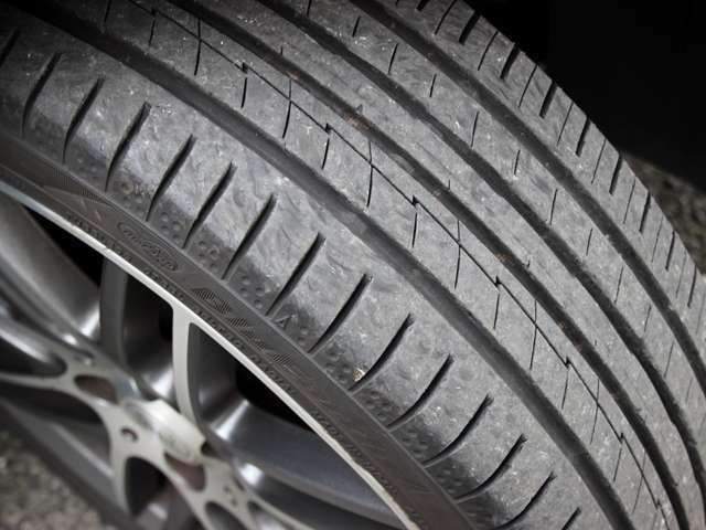 PIRELLI・NEXENタイヤ正規販売代理店の為、ご納車時にサンク価格でのタイヤ交換も承ります。ご不明な点やご質問事項などございましたらお気軽にご相談ください。詳しくはフリーコール0078-6002-080898